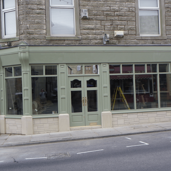 Commercial : Shopfront : Barnoldswick
